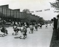 Spring Thing tricycle race, Illinois Institute of Technology, Chicago, Illinois, 1970