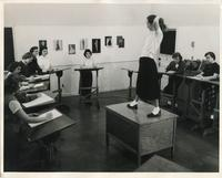Costume Design course, Illinois Institute of Technology, ca. 1940s